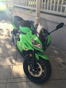 2011 Kawasaki Ninja 400r London Ontario image 3