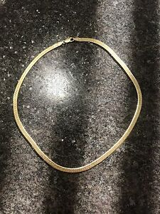 Gorgeous 14K Solid Yellow Gold Herringbone Chain! Wow!