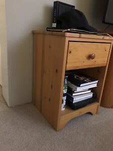 Side Table - Must Go!