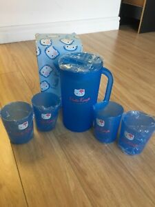Hello Kitty water jug and cups set