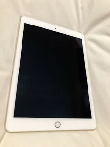 Ipad air 2 gold 128gig lte loaded. MINT