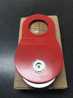 10 TON SNATCH BLOCK RED BRAND NEW $40 was $80
