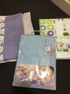 Cot sheets and blanket Stafford Heights Brisbane North West Preview