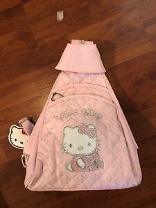Sac a dos Hello Kitty avec accessoires NEUF!