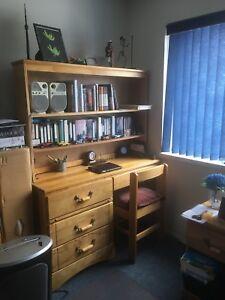 Estate Sale: 3Piece Real Wood Set!