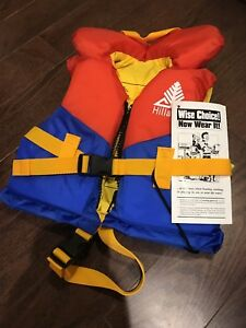 Life Jacket Find Or Advertise Other Baby Items In Canada Kijiji