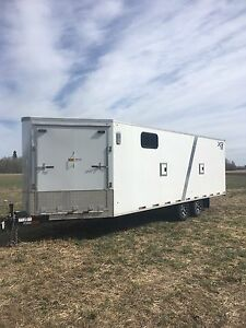 2014 26' enclosed trailer
