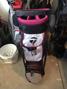 Brand New Women's Pink TaylorMade Pro 4.0 golf bag