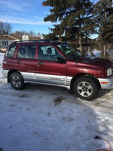 2002 Chev Tracker!! 4x4!!AWD!! New tires!!
