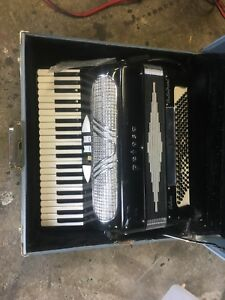 Petosa accordion
