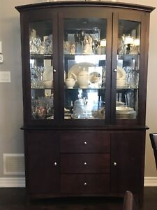 Dining table set with buffet & hutch