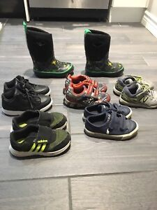 Toddler shoes size 10