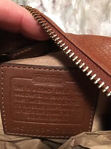 Coach - Authentic Brown Leather Purse/Bag/Satchel London Ontario image 7