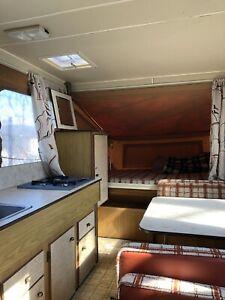 BA1050 pop-up tent trailer