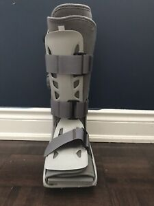 Aircast boot for sale
