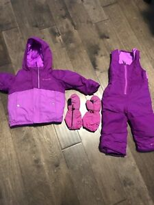 Columbia snow suit and Komb mittens - size 2T