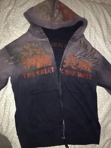 The great China wall designer sweater size M