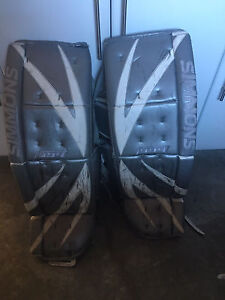 Simmons 994 Goalie Pads. 36 +2
