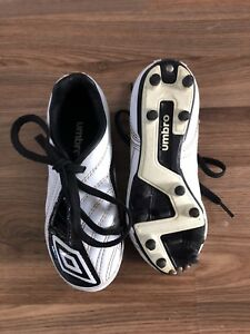 Size 11 Youth Umbro Cleats.