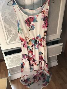 Women's dresses- size small