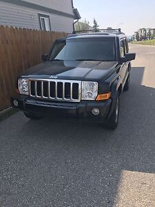 2010 Jeep commander limited **Fully loaded**