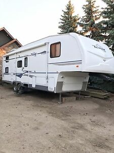 **REDUCED**2005 Fleetwood Terry Fifth Wheel