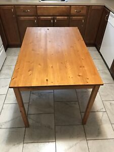 Student Kitchen Table and Chairs