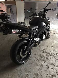 Suzuki b-king 1340cc.   8900$
