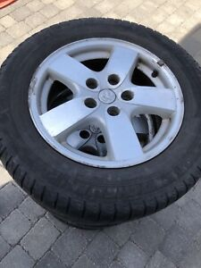 Dodge Grand Caravan 2005 original mags+winter tires