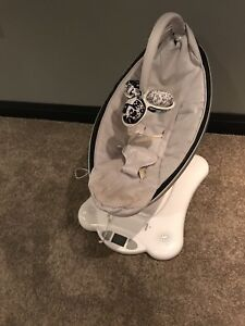 mamaRoo by 4moms infant swing