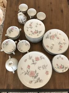 Noritake dinner set antiques art collectables gumtree noritake dinner set antiques art collectables gumtree australia free local classifieds fandeluxe Image collections