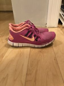 Nike running shoes size 8.5us