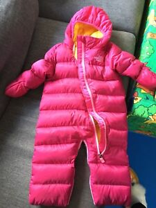 GUC North Face baby snow suit (6-12 months)