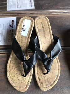 Women's Wedged sandals size 11