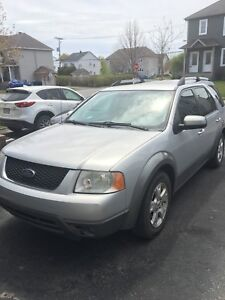 Ford freestyle V6 awd