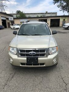 2011 Ford Escape loaded certified $5995