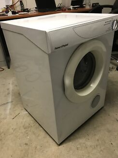 Fisher & Paykel 4.5 kg Dryer Excellent Condition