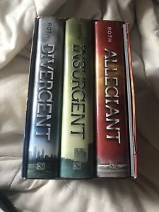 Divergent Box Set with Pictures