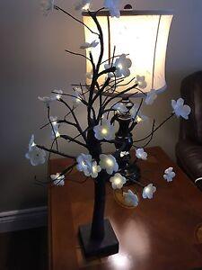 Small light up tree.