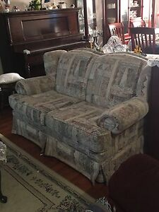 Loveseat - Great Condition