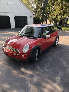 ONLY 86000KM 2002 MINI COOPER IN MINT CONDITION