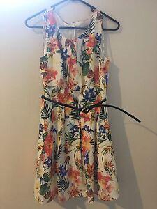 Paper Scissor Floral Dress - Size 10 unworn Hamersley Stirling Area Preview