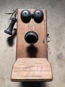 Northern Electric model 517 wall phone
