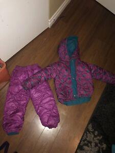 2t3t coloumbia reversible snow suit excellent condition