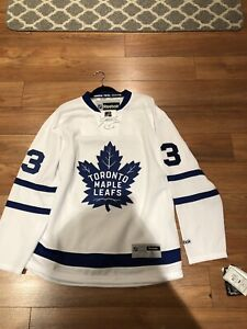 Maple Leafs Jersey Signed Nazem Kadri brand new reebok