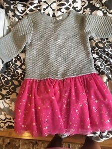 Clothes lot girl 2-3 max 4 yrs old