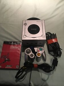 Platinum GameCube With Matching Controller and Game