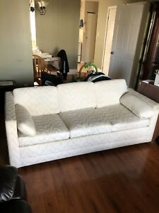 White pullout couch