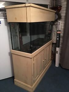 90 Gallon aquarium w/Solid wood stand and canopy