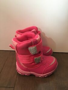 Toddler girls boots size 4